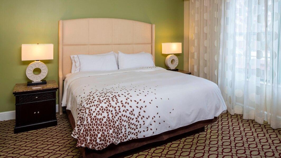 tpasr-guestroom-0120-hor-wide
